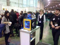 Stand de bq en la feria de impresión 3D de Moscú #3Dprinter #Witbox