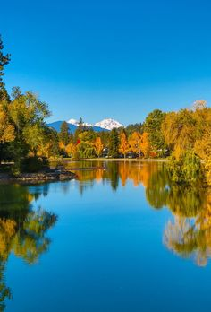 Mirror Pond, Bend Oregon