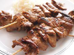Sach Ko Chomkak (Pinchos de carne marinados). ''Camboya. Cocinas del Mundo''