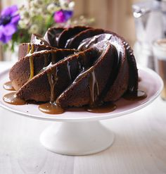 Perfect for sharing over a coffee with friends this Easter – this bundt cake is a decadent mix of chocolate and Baileys with a sweet and salty kick. Caramel Bundt Cake Recipe, Chocolate Bundt Cake, Decadent Chocolate, Chocolate Chocolate, Delicious Chocolate, Chocolate Recipes, Cake Recipes Uk, Baking Recipes, Sweets