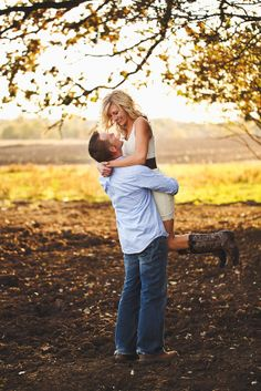 Wendy Swanson Photography engagement session backlighting couple posing golden hour
