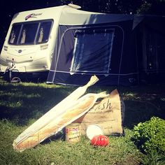 Thanks to happy camper Tom who sent us this picture from sunny France! Looks like one of our Relish jute shopper bags came in handy at the local supermarket! #bonappetit