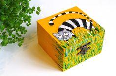 Ring box - Christmas gift for her - Wood jewelry box - Girl Gift box - Ring boxes - Keepsake box - Cat box - Decorative box - Wooden hand painted box