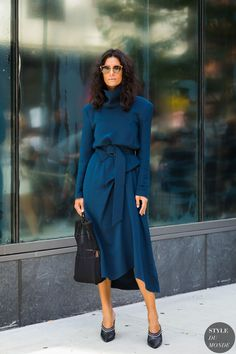 Blue turtleneck midi dress Street style, street fashion, best street style, OOTD, OOTD Inspo, street style stalking, outfit ideas, what to wear now, Fashion Bloggers, Style, Seasonal Style, Outfit Inspiration, Trends, Looks, Outfits.