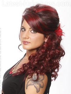 vivid-crimson-bright-red-highlights-and-curls-side-view.jpg (500×667)