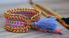 NOUVEAU : édition limitée OOAK belle péruvienne tissé bracelet avec gros gland, encadré avec la chaîne lourde