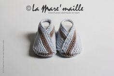 Offrez à bébé l'essentiel : Les chaussons bébé originaux La Mare'maille. Voici des chaussons maille BLEU CIEL ET TAUPE, au look sobre, à la fois doux et légers, en coton tra - 3494277