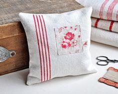 Lavender Pillow by petits détails, via Flickr