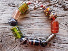 Glass beaded bracelet 8 1/2 inch by windinhishare on Etsy, $5.65