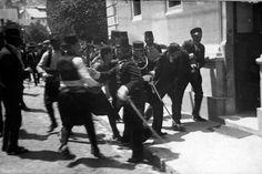 28 juni 1914 - Sarajevo; arrest of innocent bystander not Gravilo Princip
