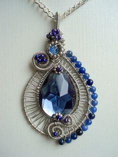 Jewellery London like Wire Jewelry Making For Beginners Wire Jewelry Designs, Metal Jewelry, Jewelry Art, Beaded Jewelry, Handmade Jewelry, Diamond Jewelry, Jewlery, Wire Pendant, Pendant Jewelry
