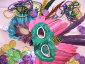 Putting Together the Ultimate Mardi Gras Jazz Brunch: Mardi Gras Party Decorations