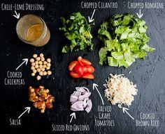 salad-in-a-jar Mexican Chickpea Salad with Chile-Lime Dressing, mason jar salad Mason Jar Meals, Meals In A Jar, Salad Dressing Recipes, Salad Recipes, Jar Recipes, Juicer Recipes, Salad In A Jar, Soup And Salad, Vegetarian Recipes