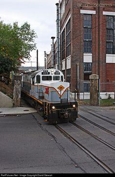 RailPictures.Net Photo: DL 405 Delaware Lackawanna Alco C420 at Scranton , Pennsylvania by David Stewart
