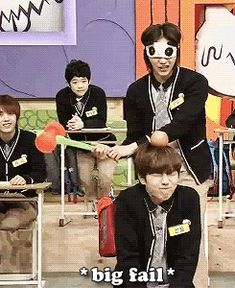 CNU attempts to hit the apple off Sandeul's head (gif)