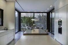 ב-6 מיליון שקלים: פאוויליון מינימליסטי ומודרני בהרצליה | בניין ודיור