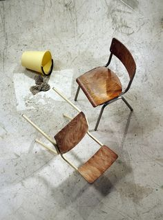 Reminiscent of old school chairs and aptly named so, this classic stackable chair incorporates vintage panache with contemporary sensibility. School Chairs, Contract Furniture, Stackable Chairs, Chameleon, Light Decorations, Side Chairs, Old School, Restaurant, Vintage