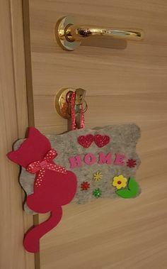 Felt Crafts Patterns, Felt Crafts Diy, Cat Crafts, Diy Arts And Crafts, Hobbies And Crafts, Sewing Crafts, Crafts For Kids, Paper Crafts, Fabric Flower Tutorial