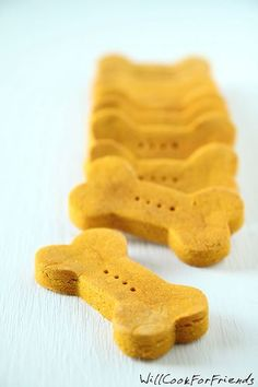 Homemade Pumpkin & Peanut Butter Dog Biscuits- none of that questionable 'junk' from China
