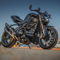 The Dark Stealth Ducati… Triumph Motorcycles, Cool Motorcycles, Moto Bike, Motorcycle Bike, Ducati 848, Futuristic Motorcycle, Xjr, Super Bikes, Street Bikes