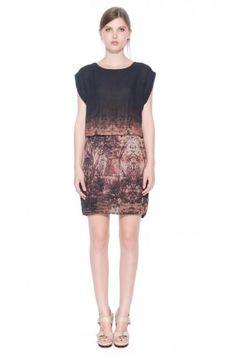 """SPOILER ALERT""  Robe Dorianne by Valérie Dumaine  Crédit Photo : Sylvain Blais Lace Skirt, Formal Dresses, Skirts, 2013, Clothes, Facebook, Style, Fashion, Budget"