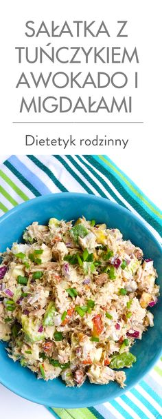 Sałatka z tuńczykiem awokado i migdałami I Love Food, Good Food, Yummy Food, Healthy Recepies, Salad Dishes, Food Inspiration, Food To Make, Diet Recipes, Food Porn