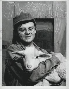 gary burghoff | 1975 Press Photo Gary Burghoff Actor Radar M A s H Lamb | eBay