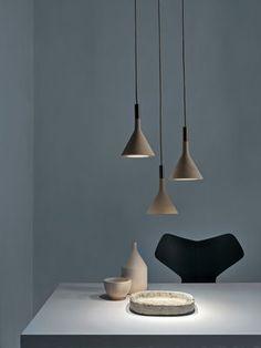 Luminaire - Suspensions - Suspension Mini Aplomb / Ciment - H 21 cm - Foscarini - Blanc - Ciment