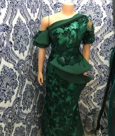 Aso Ebi Lace Styles, African Lace Styles, Lace Dress Styles, African Lace Dresses, African Fashion Ankara, Latest African Fashion Dresses, African Print Fashion, African Wedding Attire, African Attire