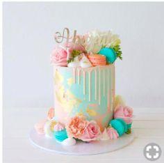 Happy first birthday 💕 Topper Studio – cakes – … - Party - first birthday cake-Erster Geburtstagskuchen 13 Birthday Cake, Birthday Cakes For Teens, Novelty Birthday Cakes, Birthday Cake Decorating, Birthday Cake For Mother, Girls First Birthday Cake, Buttercream Birthday Cake, 13th Birthday, Beautiful Birthday Cakes
