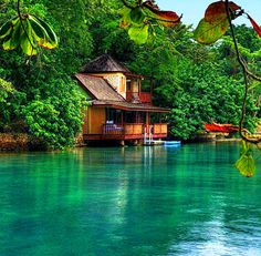 Goldeneye, Jamaica I can't wait to return home and buy a house like that! Jamaica you have my heart Beautiful World, Beautiful Homes, Beautiful Places, Amazing Places, Amazing Things, Trees Beautiful, Amazing Hotels, Wonderful Places, Jamaica Resorts