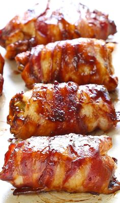 Bacon BBQ Chicken Bombs It has chicken, cheese, bbq sauce, bacon and jalapeno.and yes, it's as good as you are dreaming it is! Chicken Bomb Recipes, Bbq Chicken Bombs, Chicken Dips, Chicken Fillet Recipes, Barbecue Chicken, Barbecue Grill, Grilling Recipes, Cooking Recipes, Healthy Recipes