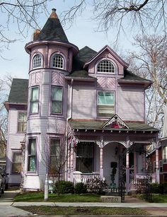 """This was my favorite house as a kid when my parents had their boat in WI. I'd always ask if we were going to pass the """"Pink House""""         Racine, Wisconsin"""