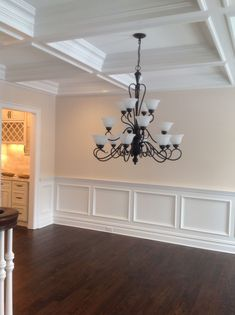 Diy Classic Wainscoting Tutorial Snazzy Home