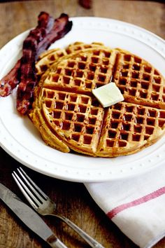 Pumpkin Gingerbread Waffles recipe.  Perfect breakfast idea for Thanksgiving and Christmas!
