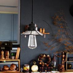 saboten33さんの、アンティーク,照明,食器,カウンター,IKEA,雑貨,セリア,ペインティング,ドライフラワー,DIY,Lounge,のお部屋写真