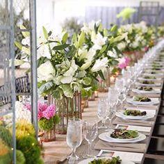 Field to vase tablescape #mossmountainfarm #pallensharethebounty #joy #americangrown #stargazerbarn