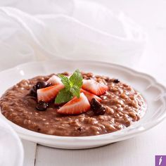 Choc Black Rice Pudding!!  This is by far one of my most kid-approved FODMAP-friendly meals. It is also one of the easiest to digest, and is great served either warm or cold. Black rice is slowly making its way into mainstream supermarkets here in the West, despite being used frequently in traditional Asian cuisine.