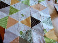 Molly Flanders Makerie: A Refresher - triangle quilt