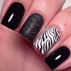 Black with sparkled middle finger and a zebra ring finger Zebra Nail Designs, Zebra Nail Art, Zebra Print Nails, Fancy Nails, Trendy Nails, Shellac Nails, Nail Polish, Nail Manicure, Glitter Nails