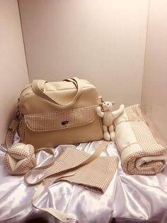 Sac à langer Boogie cousu par l'Atelier créatif de Marina - Patron sac à langer Sacôtin
