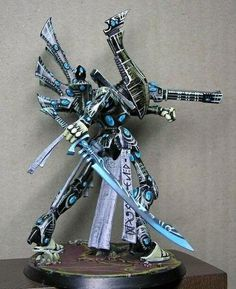 Dark Future Games: It Came From The Forums: Demidov's Eldar and Chaos! Incredible Colors and Freehand! Eldar 40k, Warhammer Eldar, Dark Eldar, Warhammer Models, Hobbies For Men, Hobby Toys, Warhammer 40k Miniatures, Mini Paintings, Miniture Things