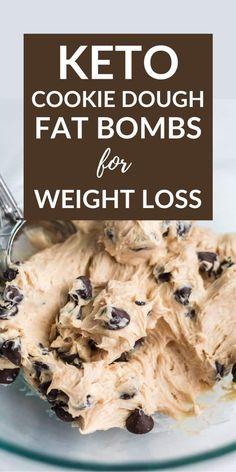 Keto Cookies, Keto Cookie Dough, Keto Chocolate Chip Cookies, Cookies Et Biscuits, Chocolate Fat Bombs, Chocolate Cookie Dough, Keto Biscuits, Keto Pancakes, Sugar Cookies