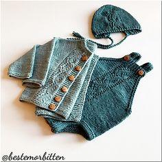 Ravelry: Bestemorbittens hentesett pattern by Britt Viken Easy Knitting Projects, Knitting For Kids, Baby Knitting Patterns, Newborn Outfits, Kids Outfits, Crochet Bikini, Knit Crochet, Little Girl Dresses, Knitwear