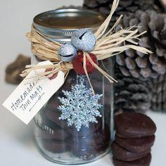 Homemade Thin Mints make a great edible gift this holiday season!