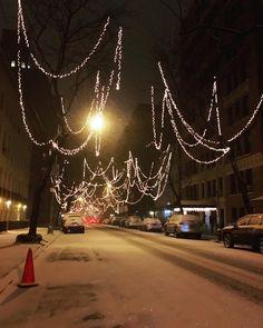 It begins... #storm #snow #newyorkcity #midtown #newyork #weather #jonas #snowpocalypse #streets #noreaster