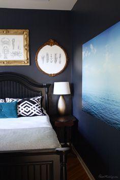 Navy blue bedroom wi
