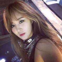 snsd yuri you think (Imagen JPEG, 960 × 960 píxeles) Snsd, Sooyoung, Yoona, Kim Hyoyeon, Kpop Girl Groups, Korean Girl Groups, Kpop Girls, Girl Day, My Girl