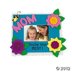 """Mom"" Photo Frame Magnet Craft Kit"