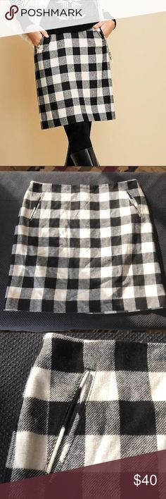 Talbots fully lined size 14 Buffalo plaid skirt Worn only once, fully lined buffalo plaid skirt. Adorable with boots for he winter or without for the spring. Talbots Skirts